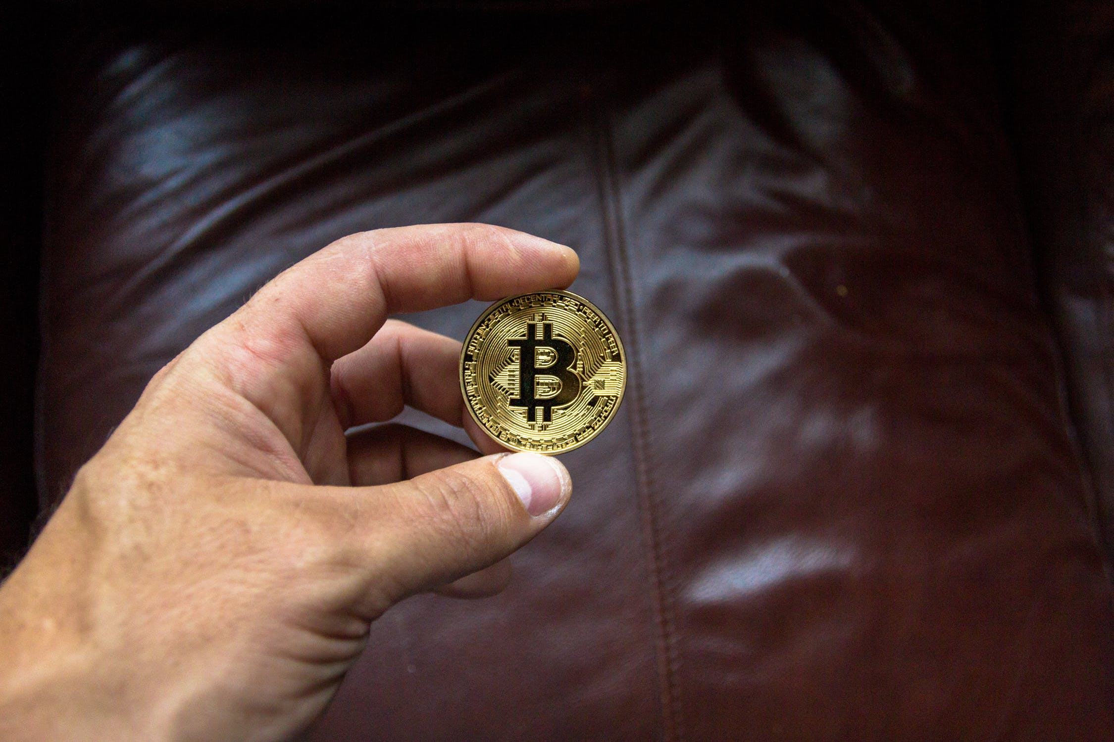 Bitcoin back past $10,000, Strong Rally 2