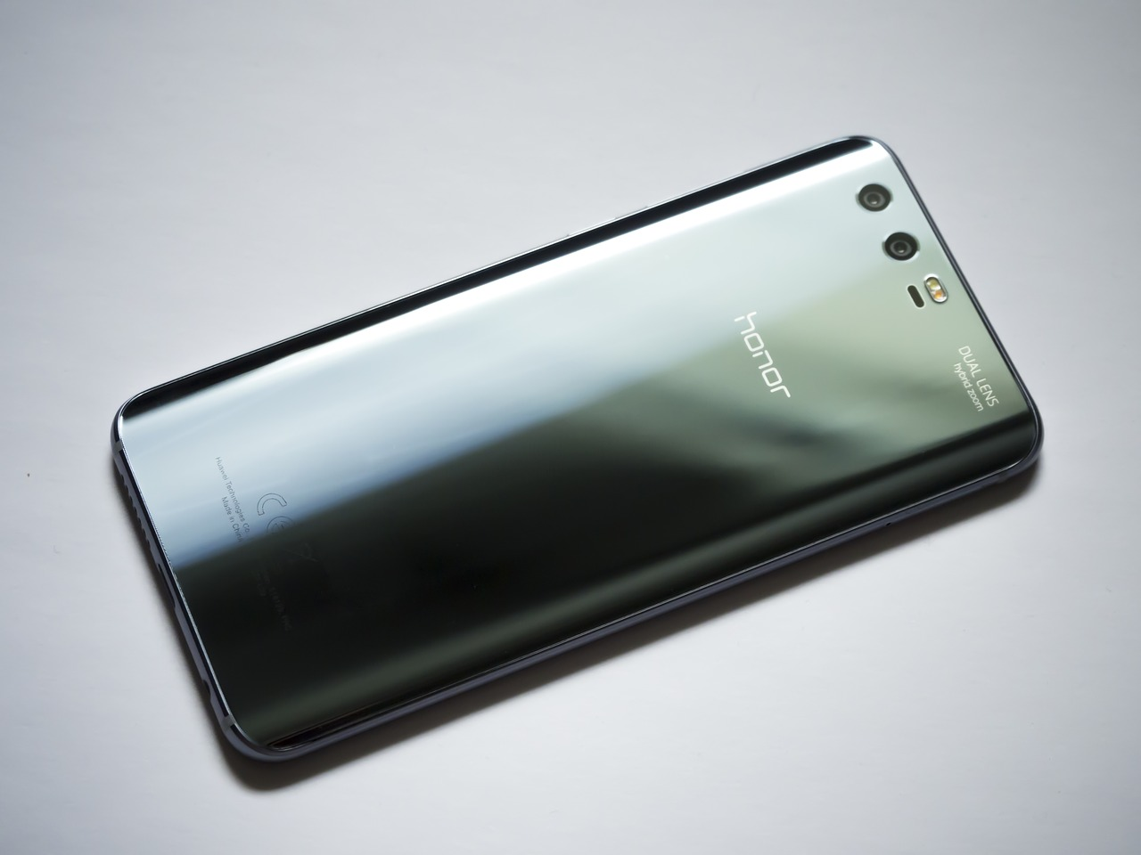 Huawei to Introduce new Crypto Smartphone 1