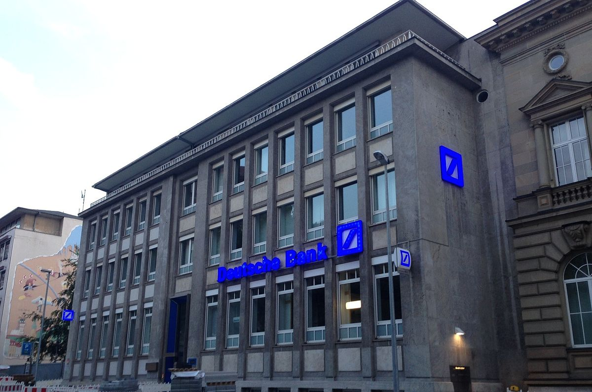 Deutsche Bank warns against cryptocurrencies as well 2